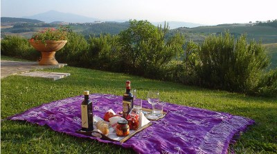 Easter in Tuscany peace relax food and wine
