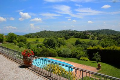 VILLAS IN TUSCANY IN PANORAMIC POSITION